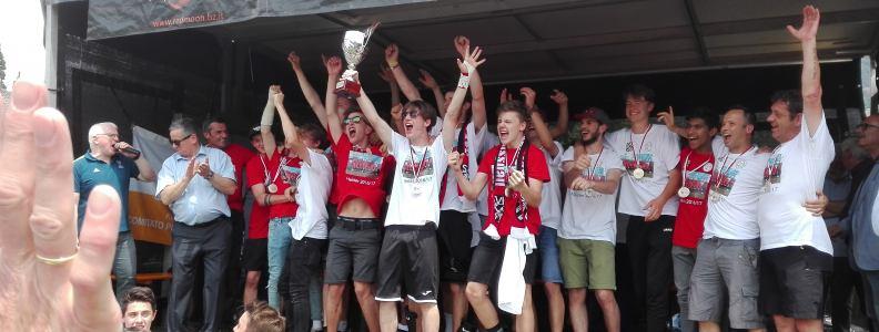 Gratulation:A Jugend :Spielgemeinschaft Klausen Lajen,Meisterschaftsgewinn und Landesmeister 2016/17- 2:0 gegen den Bozner Fc DANKE AN ALLE UNTERSTÜTZER-INNEN